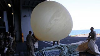Illustration for article titled The Marines Are Using Weather Balloons to Communicate With Fighters Out of Radio Range