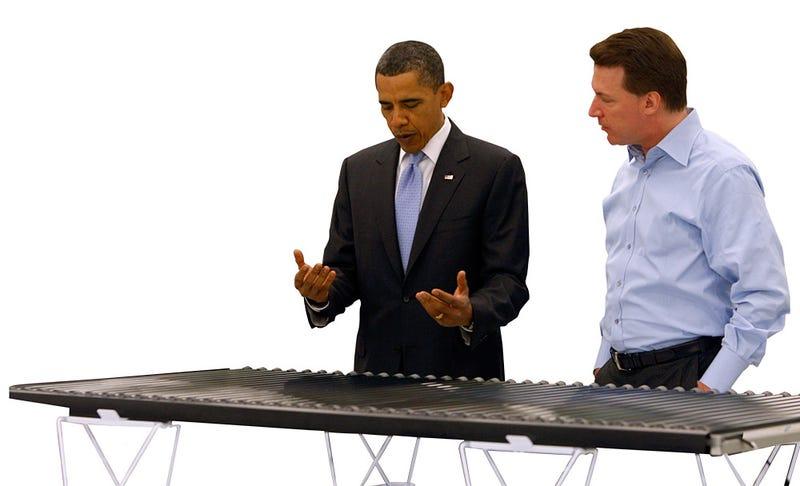 Illustration for article titled Solar Panels Going On White House