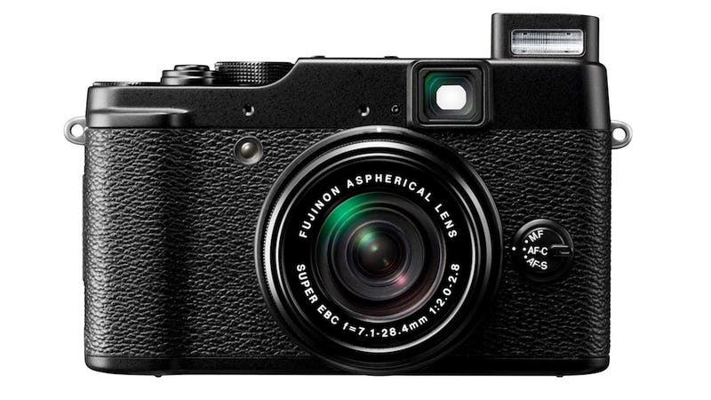 Illustration for article titled Fujifilm's X10 Pro Point-and-Shoot Will Be Out in Early November for $600