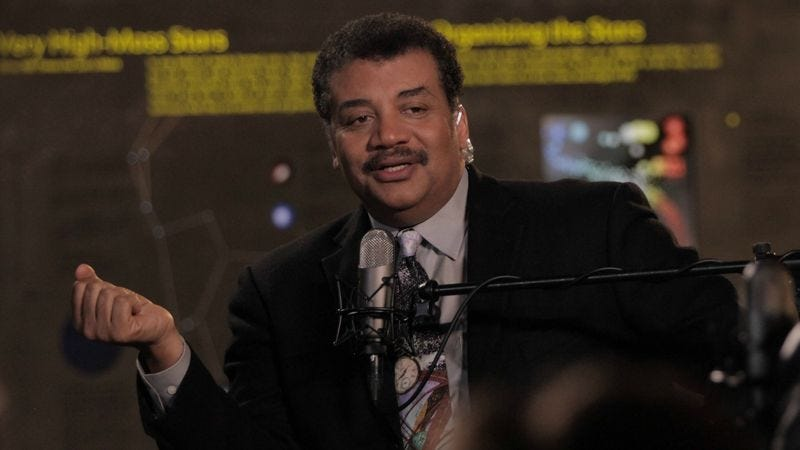 Neil DeGrasse Tyson hosts StarTalk (Photo: Brandon Royal/National Geographic Channel)
