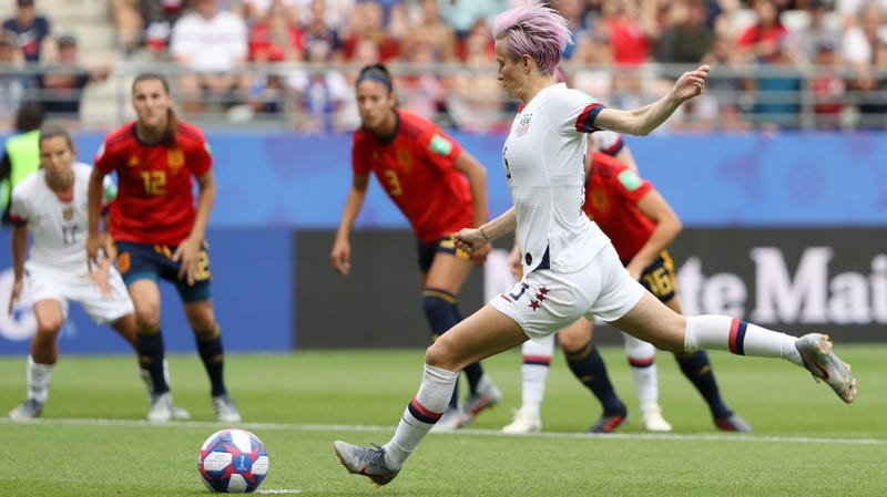 A Pair Of Megan Rapinoe Penalties Sent A Shaky USWNT To The Quarterfinals