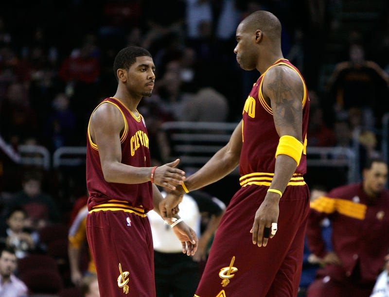 """Illustration for article titled Antawn Jamison Likes Playing With Kyrie Irving """"Even Though He's A Dukie"""""""