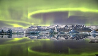 Illustration for article titled This Incredible Aurora Is 2014's Best Astronomy Photograph