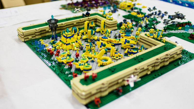 Illustration for article titled LEGO StarCraft Base Needs No Pylons