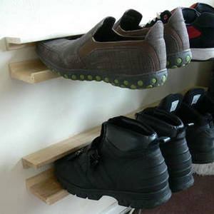 Illustration for article titled Get Your Shoes Off the Floor with a DIY Floating Shoe Rack