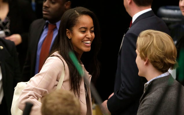 In Major Plot Twist, Malia Obama Will Take a Gap Year Before Attending Harvard University