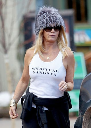 Illustration for article titled Goldie Hawn Is Gangsta (So She Says)