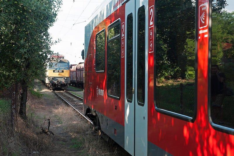 Illustration for article titled Már mindent tudunk arról, hogyan maradt el a dunakeszi vonatkatasztrófa