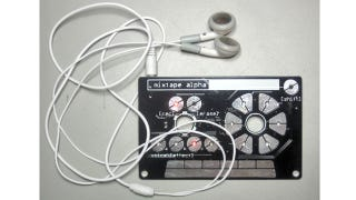 Illustration for article titled An Ultra-Tiny Synth Designed To Look Like Something Called a Mixtape