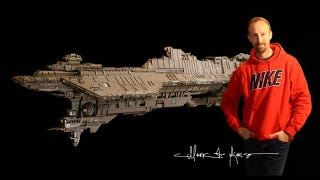 Illustration for article titled LEGO Spaceship Is Seven Feet Long, Took Four Years To Build