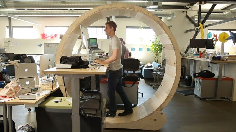 Illustration for article titled This Hamster-Wheel Desk Is a Sad Statement on Modern Offices