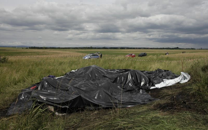 Illustration for article titled Goodyear Blimp Crash Aftermath Photos
