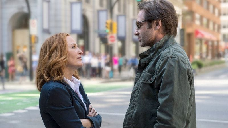"""""""Trust me, Scully—we'll be back."""" (The X-Files; Photo: Fox)"""