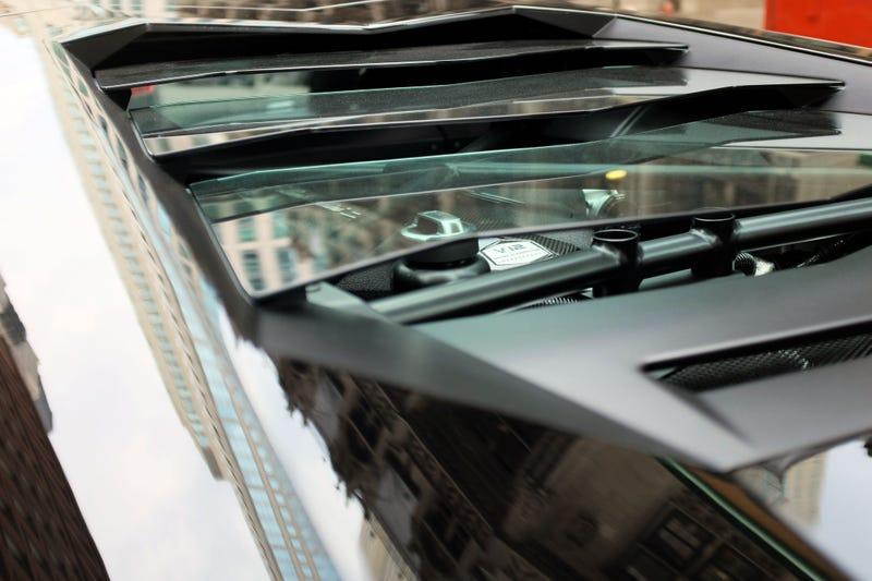 Illustration for article titled Lamborghini V12?