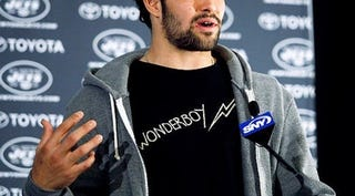 Illustration for article titled Mark Sanchez Graduates From Poise To Chutzpah