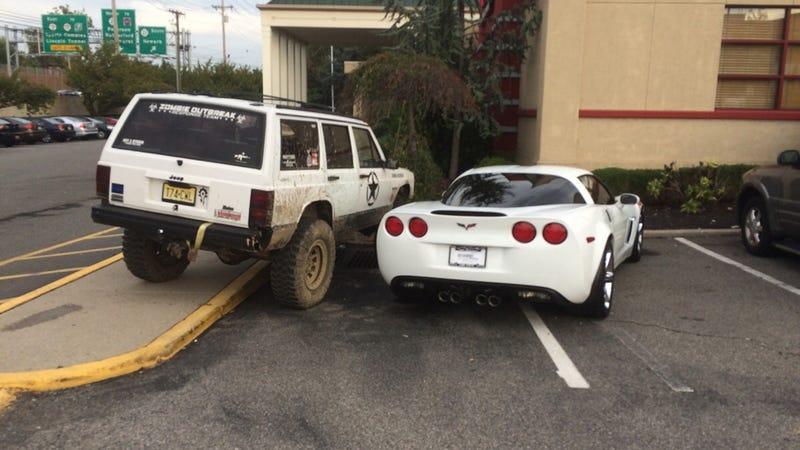 Illustration for article titled Jeep Driver Gets Best Revenge Ever On Asshat Corvette Parker