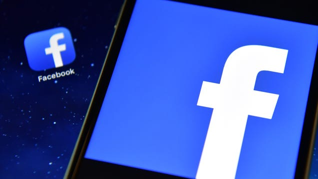 Facebook Says a 'Configuration Change' Is the Reason a Ton of Users Were Logged Out on Friday