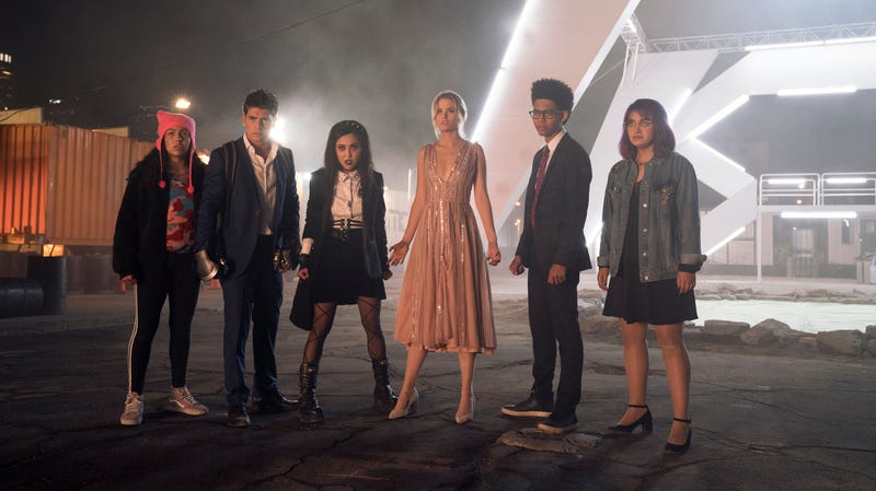 Illustration for article titled Marvel's Runaways gets a season 2 premiere date and an MCU connection tease
