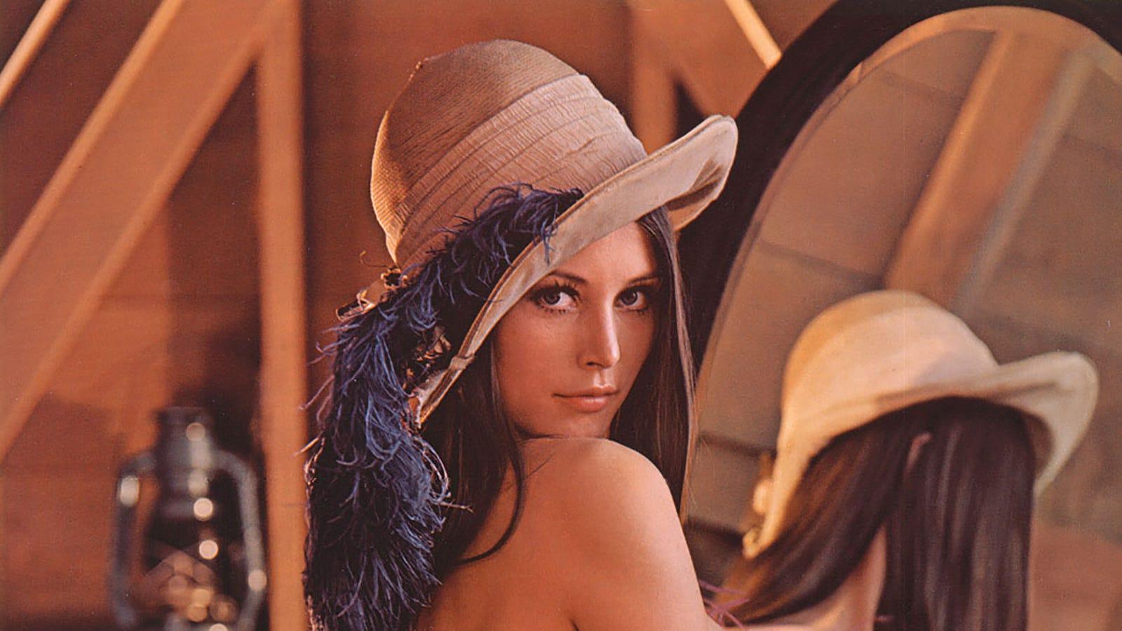 Lenna Sjooblom Nude Photos 77
