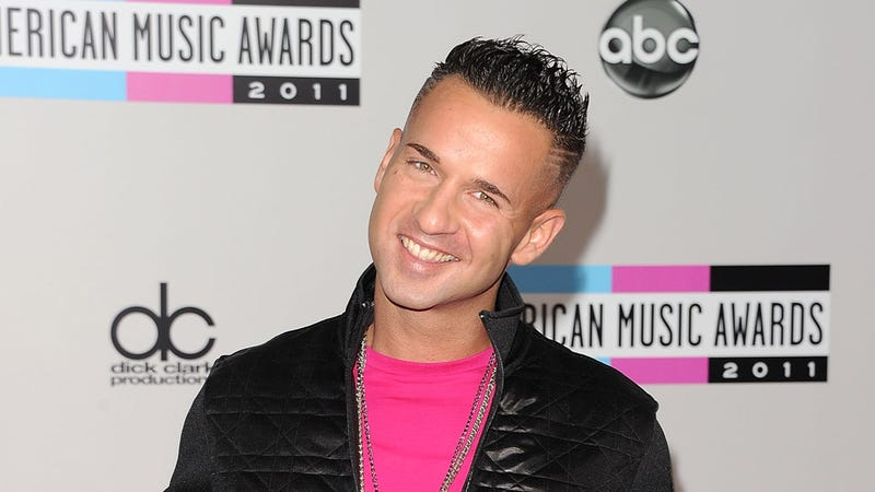 Illustration for article titled After Five Straight Seasons of Partying, Jersey Shore's The Situation Heads to Rehab