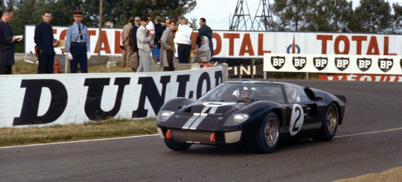 Illustration for article titled The Ford GT40 Was America's Greatest Supercar And Its Successor Races Today