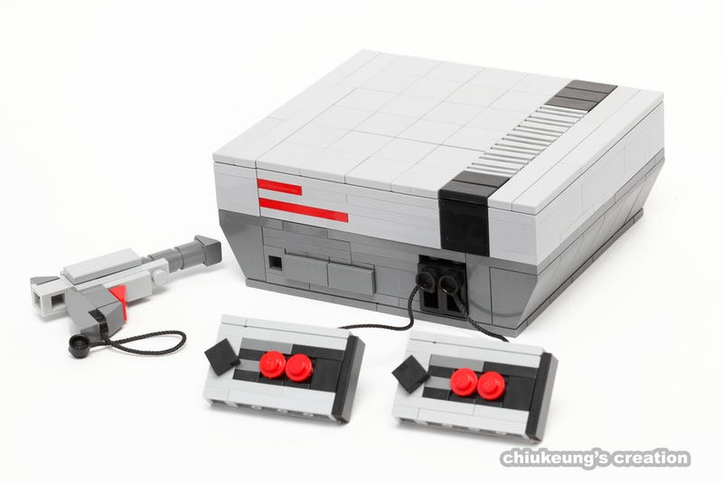 Illustration for article titled Tiny Nintendo Consoles Made Out Of LEGO