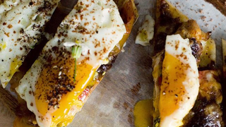 Make an Easier Poached Egg with Olive Oil Instead of Water
