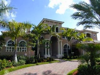 Illustration for article titled Tony Sparano Is Selling His House