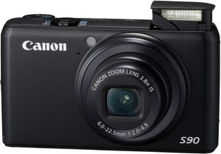 Illustration for article titled Canon S90 With Fast F/2.0 Lens for the Pro Wannabe