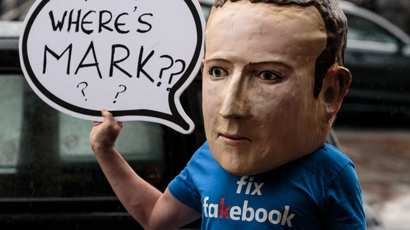 Illustration for article titled What Was Your Facebook Breaking Point?