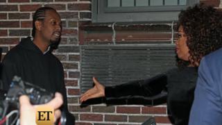 Calvin Mitchell ambushing Oprah Winfrey in New York CityVideo screenshot
