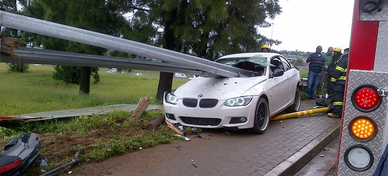 Illustration for article titled BMW Driver Somehow Survived This Guardrail Impaling Without A Scratch