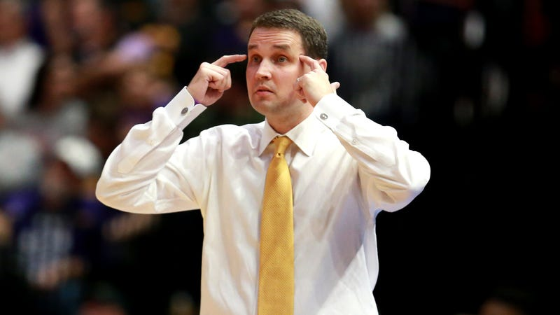 Illustration for article titled LSU Coach Will Wade Suspended Indefinitely Thanks To The NCAA's Crusade Against Paying Players