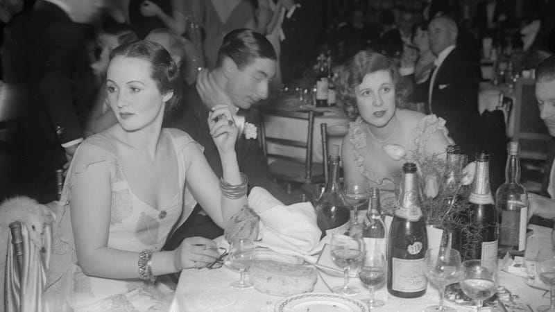 A 1932 Leap Year Party Dinner at the Carlton Hotel. (Getty Images)