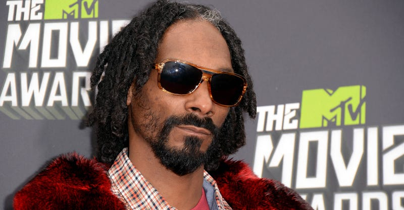Illustration for article titled Did Snoop Lion Just Tell Everyone that Miley Cyrus's Relationship Is Fake?