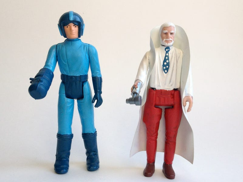 Illustration for article titled Terrible Star Wars Figures Become Incredible Video Game Figures
