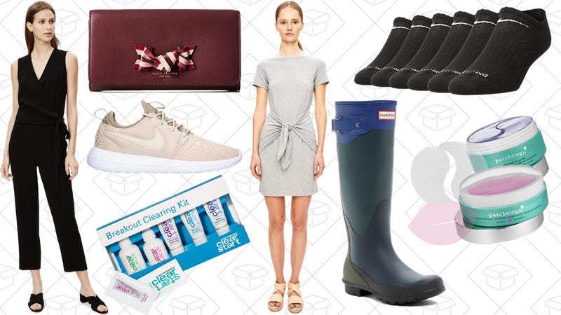 Illustration for article titled Today's Best Lifestyle Deals: Designer Bags, Hunter Boots, Finish Line, Theory, and More