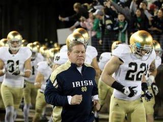 Coach Brian Kelly (Ezra Shaw/Getty Images)