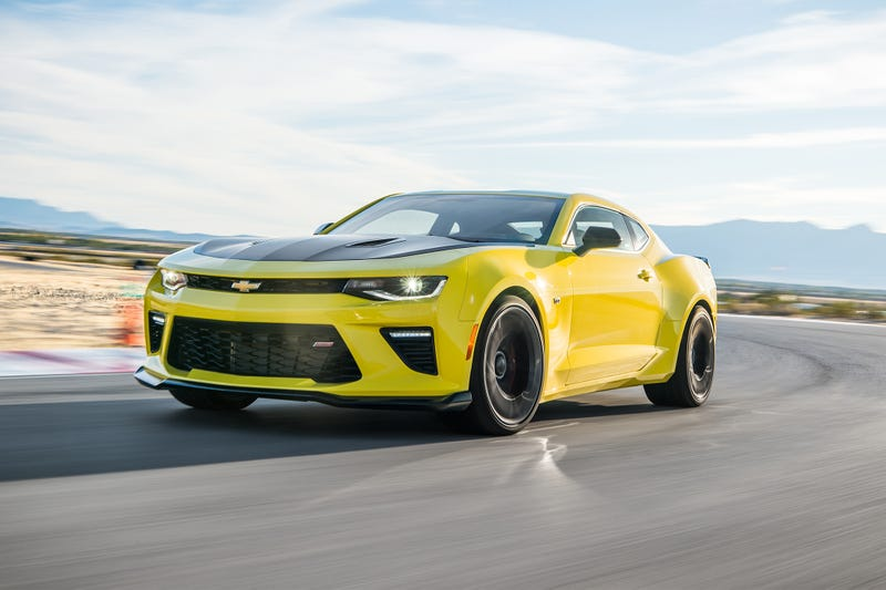 Illustration for article titled The Camaro 1LE reviews are out. The 1LE is nowhere to be found in the Camaro configurator.