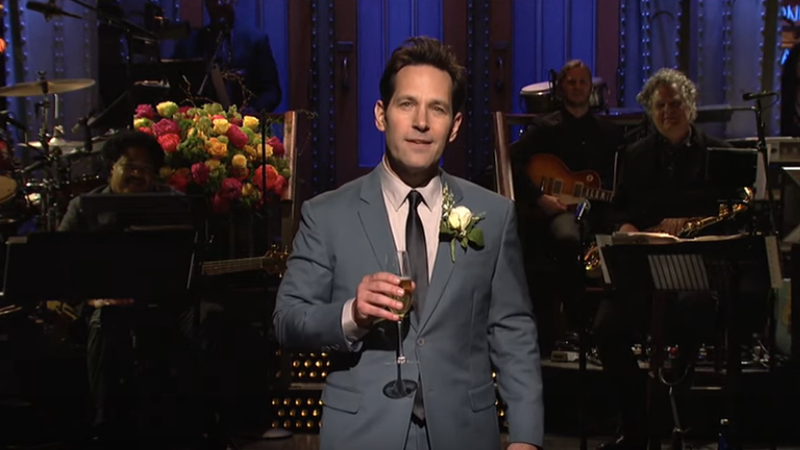 Saturday Night Live's 44th season ends as it began, squandering a slam-dunk in host Paul Rudd