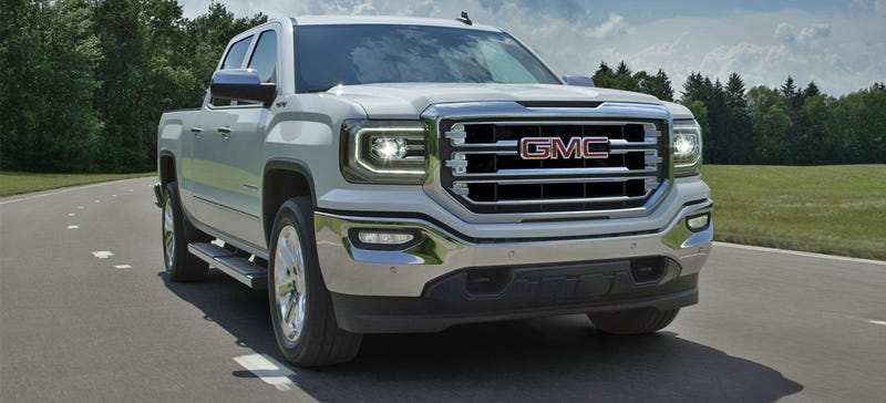 Illustration for article titled Here's The New Face Of The 2016 GMC Sierra