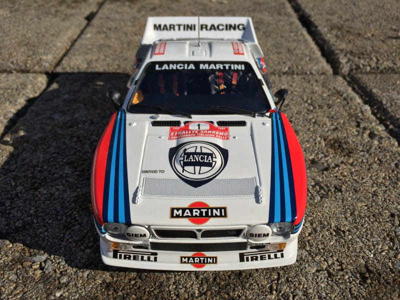 Illustration for article titled Diecast Review: 1985 Lancia 037 Martini