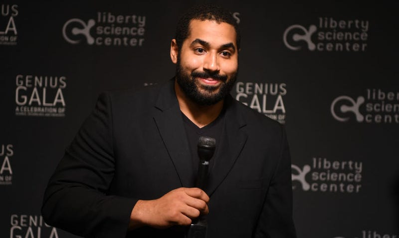 Ravens offensive lineman John Urschel announces his retirement