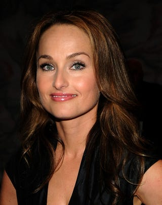 Illustration for article titled Giada De Laurentiis Denies Relationship With John Mayer