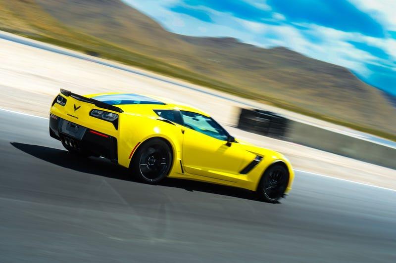 Illustration for article titled Vegas - fun in the sun & dirt - Corvette School & Trophy Trucks