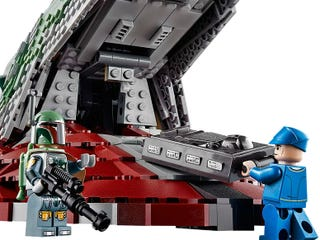 Illustration for article titled Holy Fett!! Video of the Lego UCS Slave I shows just how big it is