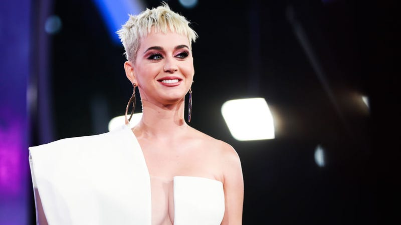 Illustration for article titled Katy Perry Denies She Was Raped by Dr. Luke, and Kesha Never Wanted Texts Public