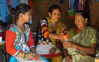 Empower Generation helps rural women affected by energy poverty to become solar entrepreneurs. Image: Empower Generation