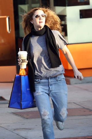 Illustration for article titled Drew Barrymore's Blind, Caffeine-Fueled Shopping Dash