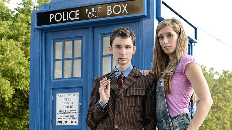 Illustration for article titled Doctor Who engagement photoshoot is seriously spot-on fantastic